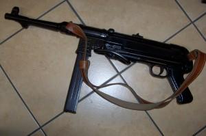 MP40 ARMA GIOCATTOLO - Armeria Sebina - Costa Volpino
