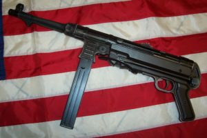 UMAREX  MP GERMAN   ( MP 40 ) - Armeria Sebina - Costa Volpino